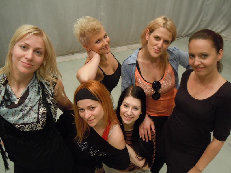 Σλοβενία 2012 (Eπέλεξε τραγούδι) - Σελίδα 2 534924_360306720685289_357594994289795_929234_1656223582_n
