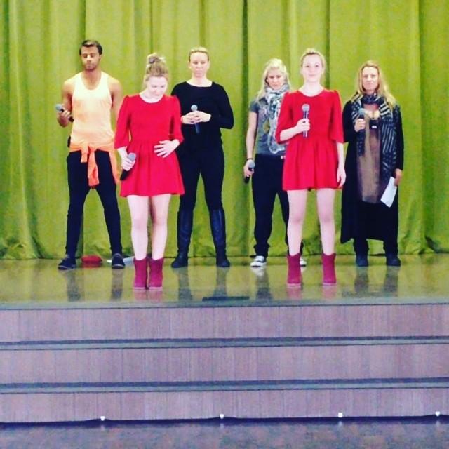 "Rusia 2014 >> Tolmachevy Sisters ""Shine"" B22a3d80c32611e388d10002c9da0032_8"